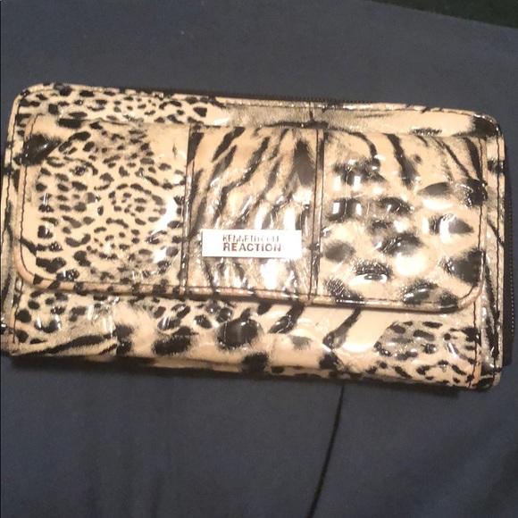 Kenneth Cole Handbags - Wallet